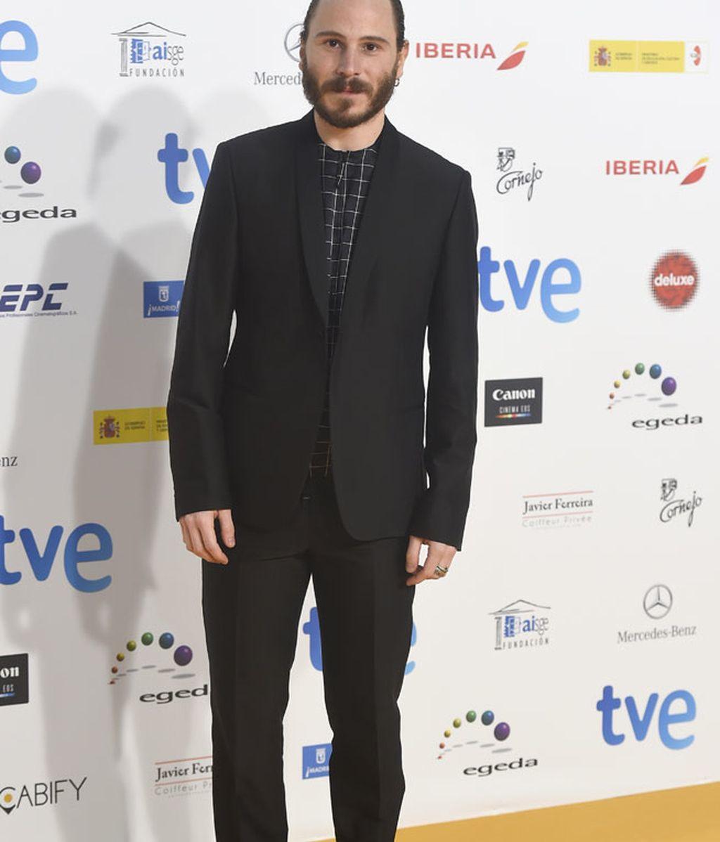 El actor Rubén Ochandiano lució barba