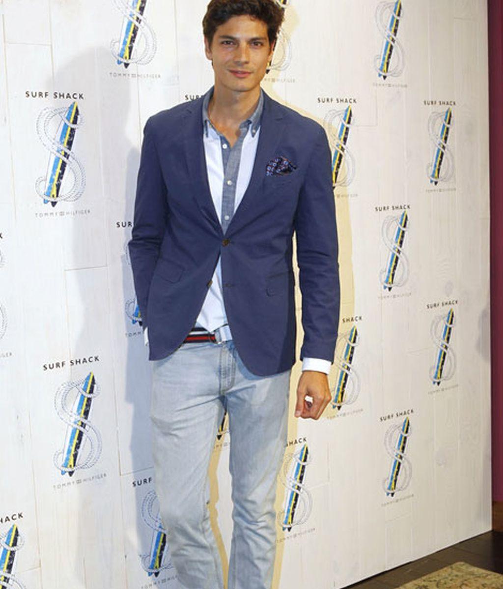El modelo Javier de Miguel , elegante con americana