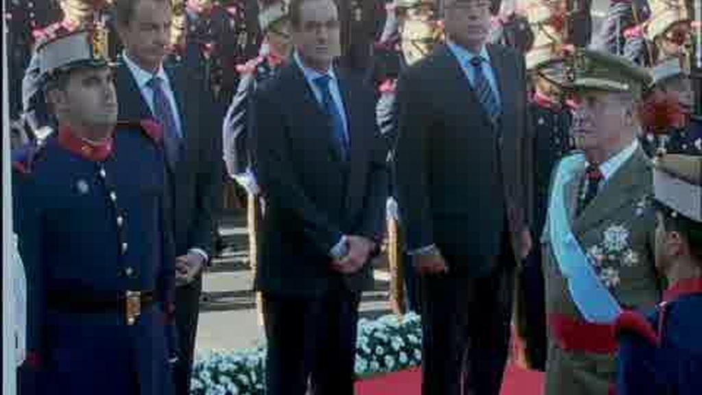 """""""Zapatero dimisión"""""""