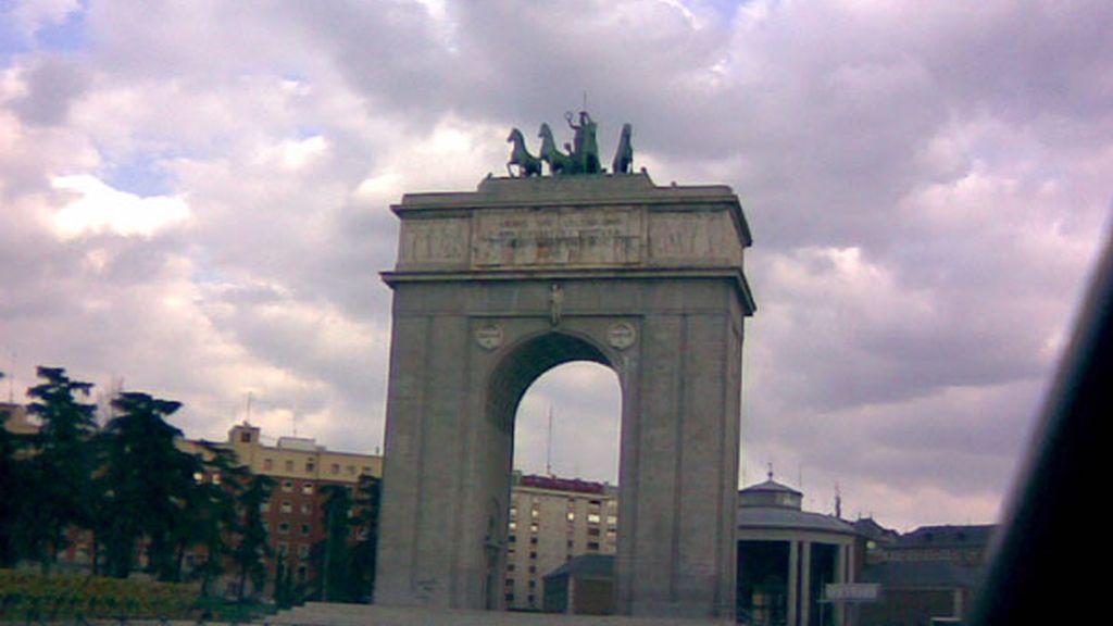Arco del Triunfo, ¿triunfo de quiénes?