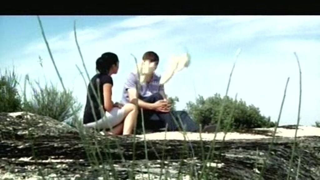 Melania se ve en la granja de Luis