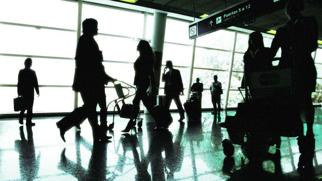 Más de 206.000 personas abandonaron España en el primer semestre de 2014