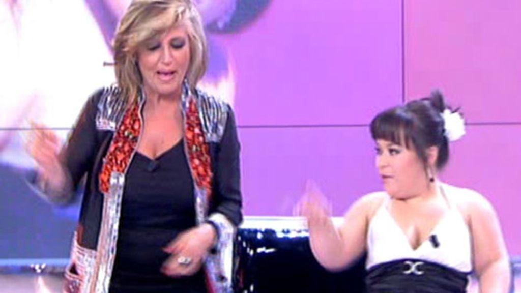 Chiqui, Belén y Lydia bailan 'Mama Chicho'