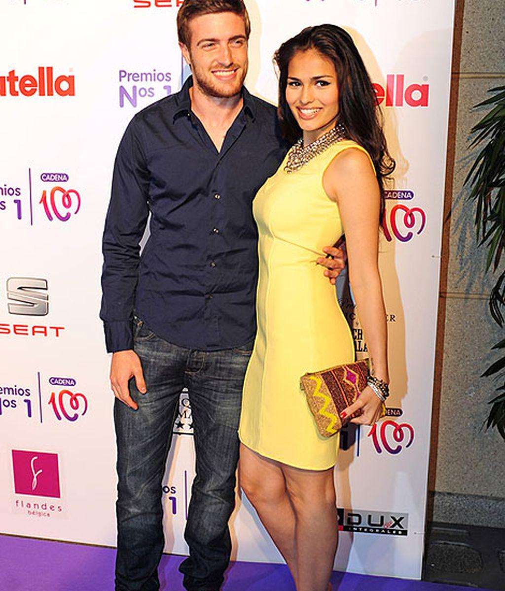 Los actores Sara Salamo y Raúl Merina, juntos en la entrega de premios