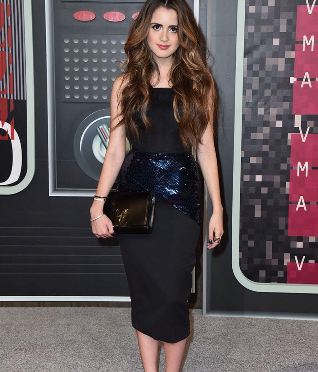 Laura Marano en los premios MTV