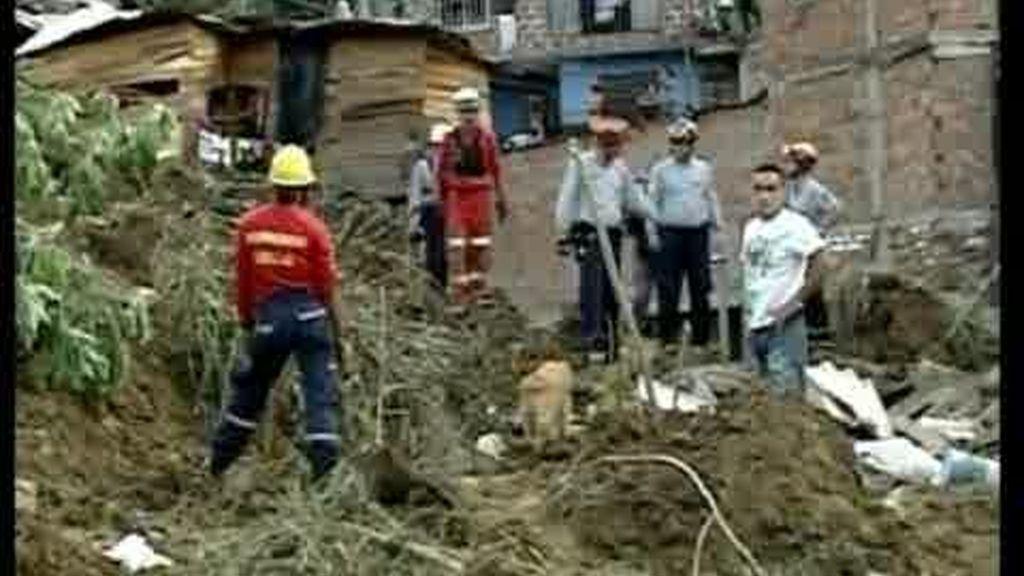 Colombia busca supervivientes