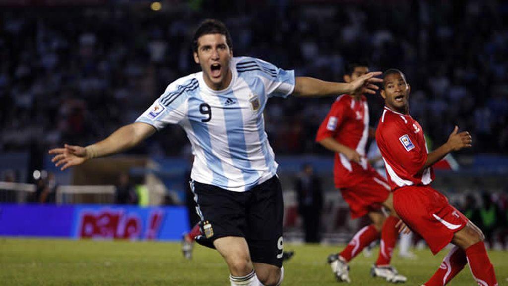 Higuaín será titular frente a Uruguay