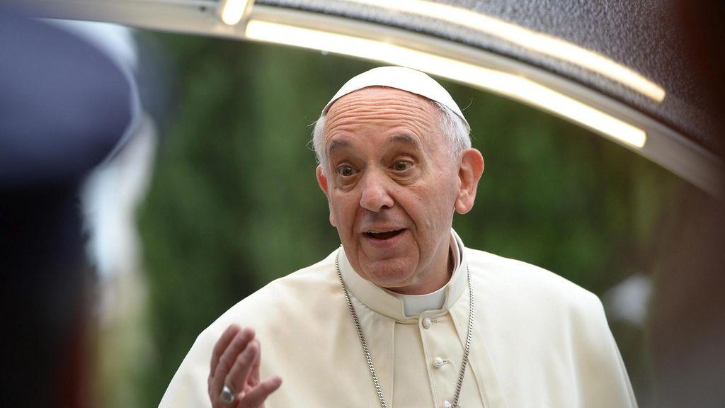 El Papa visita Francisco de Asís