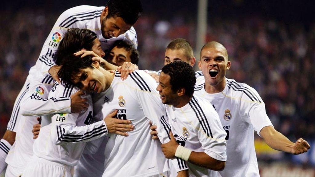 El Real Madrid cumple el guión y se lleva el derbi (2-3)