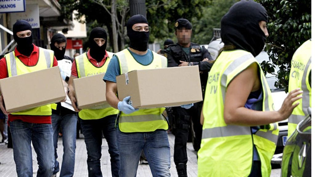 La Guardia Civil detiene en Valencia a una joven que captaba adeptos para el EI