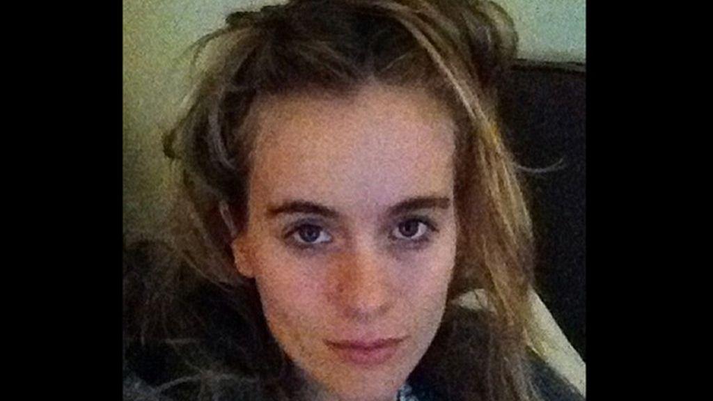 La novia del príncipe Enrique de Inglaterra sorprende con un 'selfie' sin maquillaje por la lucha contra el cáncer