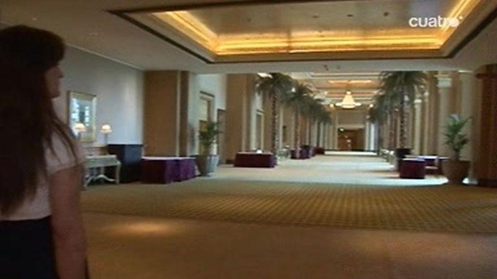 Abu Dhabi: Un hotel de 7 estrellas en el desierto
