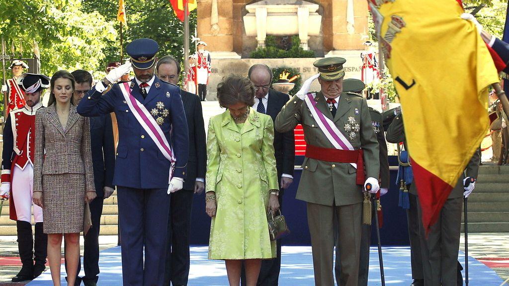 Los Reyes, acompañados por los Príncipes de Asturias, presiden el acto por el Día de las Fuerzas Armadas
