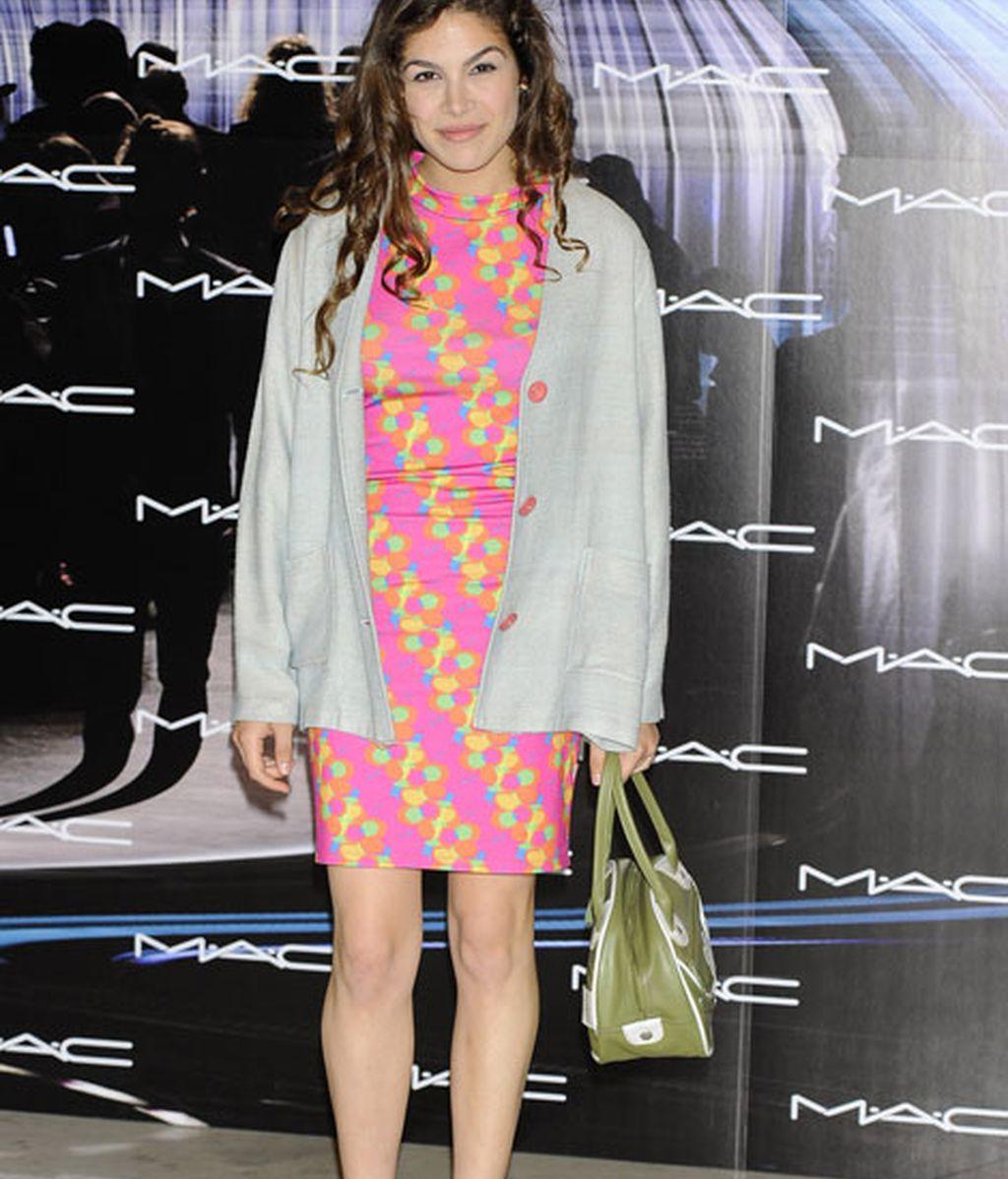 Cósima Ramírez, con un llamativo 'look' multicolor