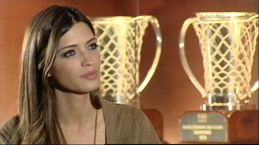 Sara Carbonero, con Valdano (2 de 2)