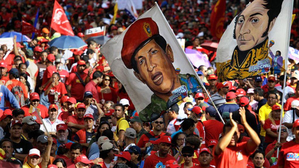 Miles de muestras de aopyo a Chávez en Caracas