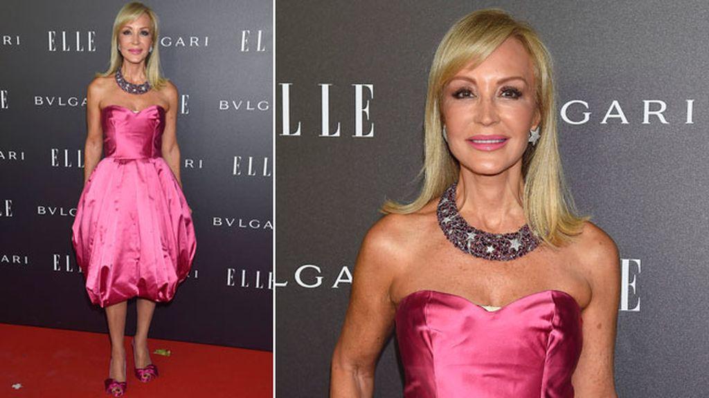 Carmen Lomana, con un palabra de honor rosa de Prada