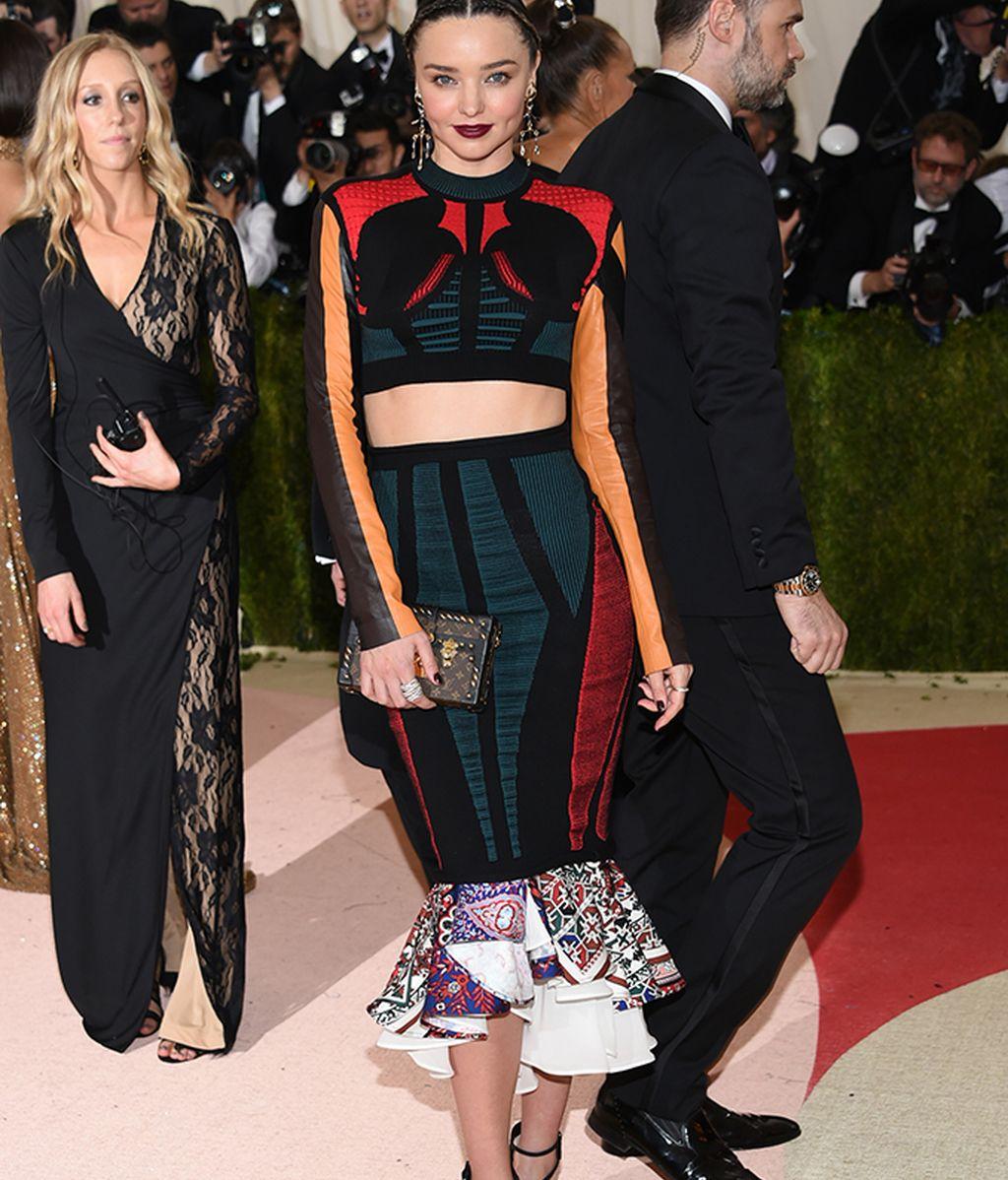 Miranda Kerr con vestido de Louis Vuitton