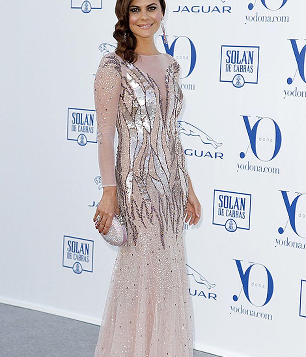 Mª José Suarez lució un vestido blanco con transparencias