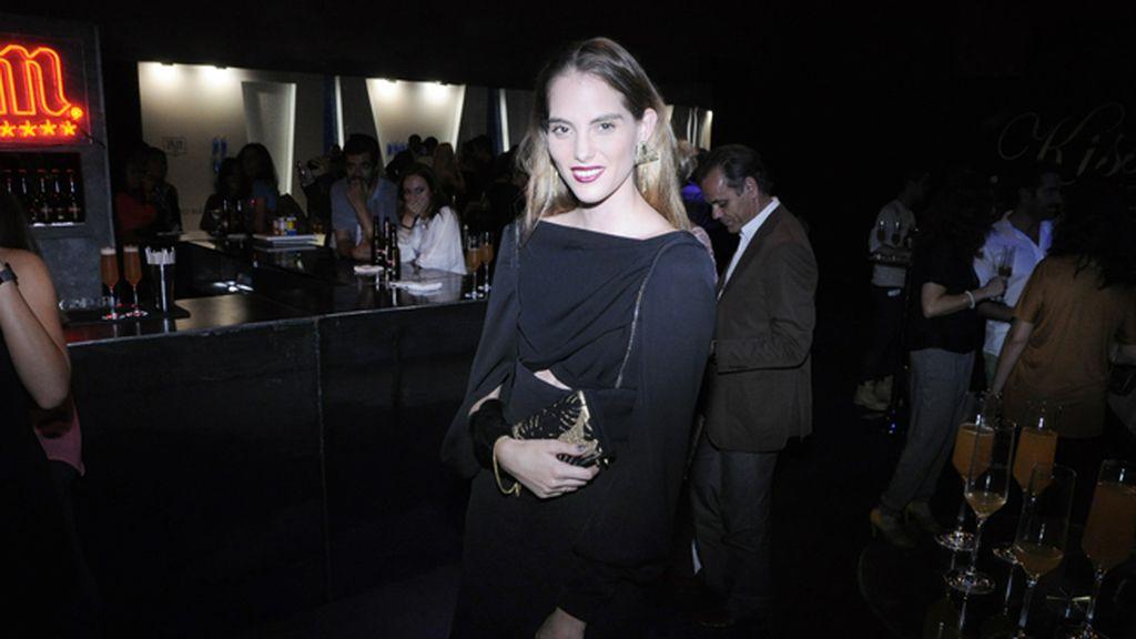 La modelo Marina Jamieson, con vestido de Juanjo Oliva