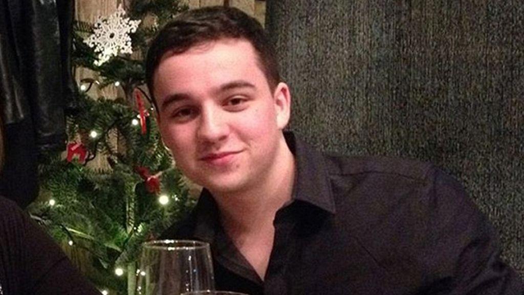 Un tímido estudiante universitario se suicida en la residencia por no adaptarse