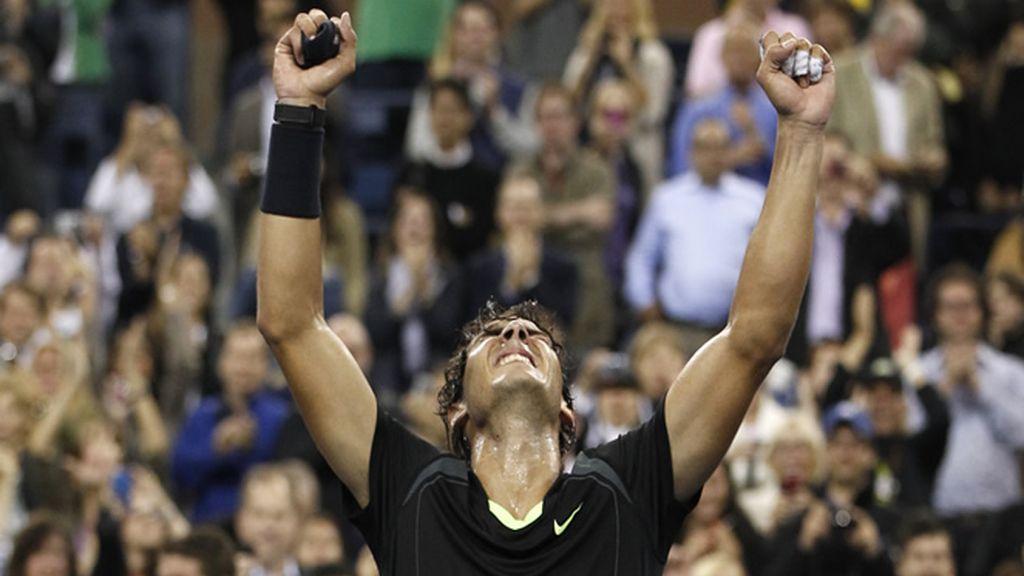 Nadal comienza con buen pie en Londres derrotando al estadounidense Andy Roddick