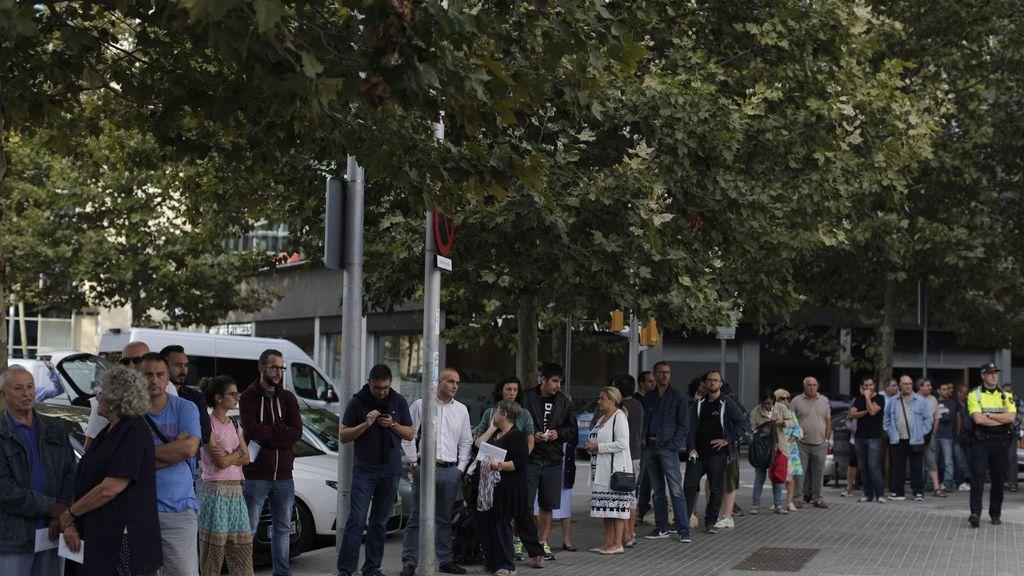 Decisiva jornada electoral catalana