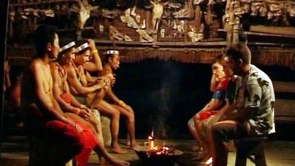 El consejo tribal mentawai fue duro para los Recuero Oliva