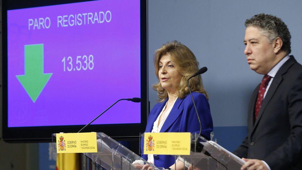 Engracia Hidalgo yTomás Burgos presentan los datos del paro