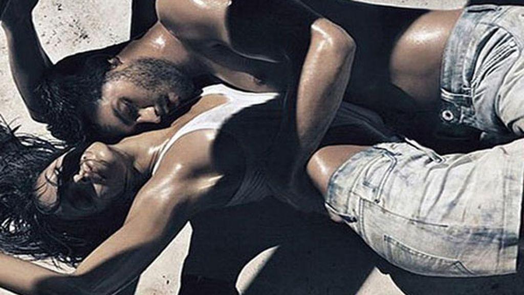 Eva Mendes vuelve sensual como siempre para Calvin Klein