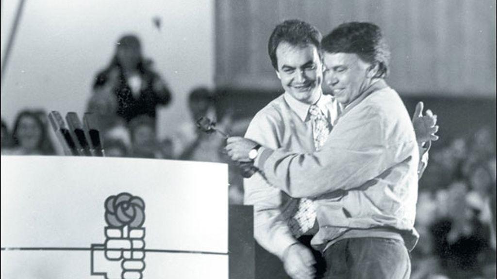 Con Felipe González en un mitin en León en 1991
