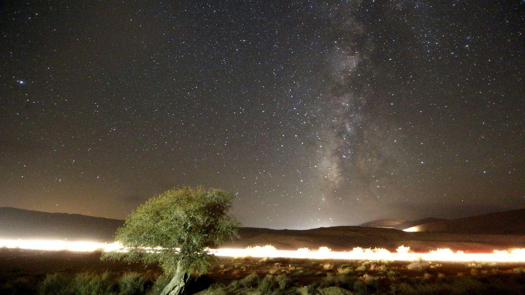 La Vía Láctea, fotografiada durante Las Perseidas en el desierto de Negev, Israel