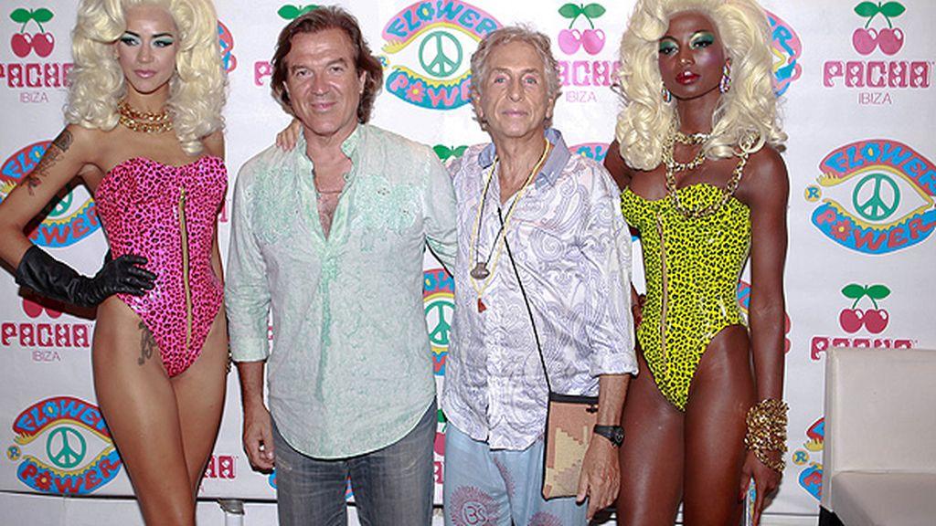 Pepe Navarro en la fiesta 'Flower Power' de Ibiza