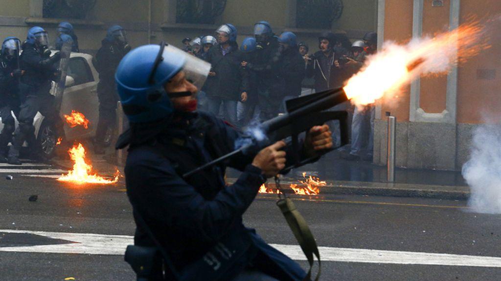 Batalla campal en Milán contra la Expo 2015