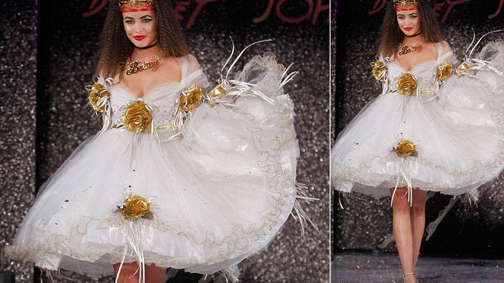 El vestido de novia de Betsey Johnson