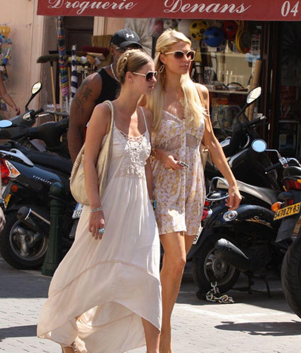 Nicky y Paris Hilton