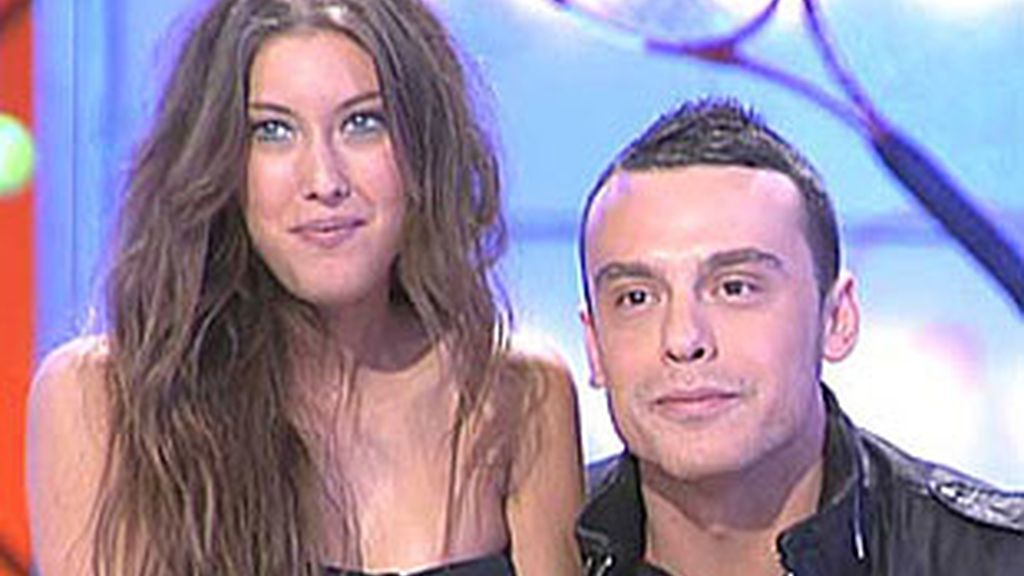 Fanny con su novio Tony en el programa