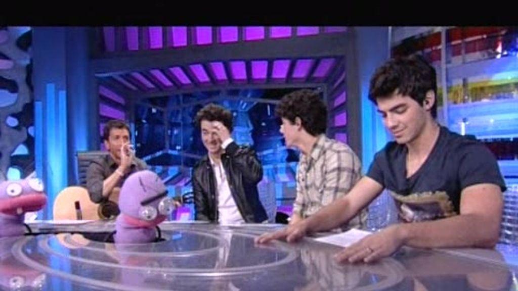 ?Volando voy? en versión Jonas Brothers