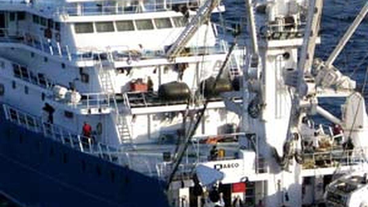 El Alakrana navega libre rumbo a Seychelles. Foto: EFE
