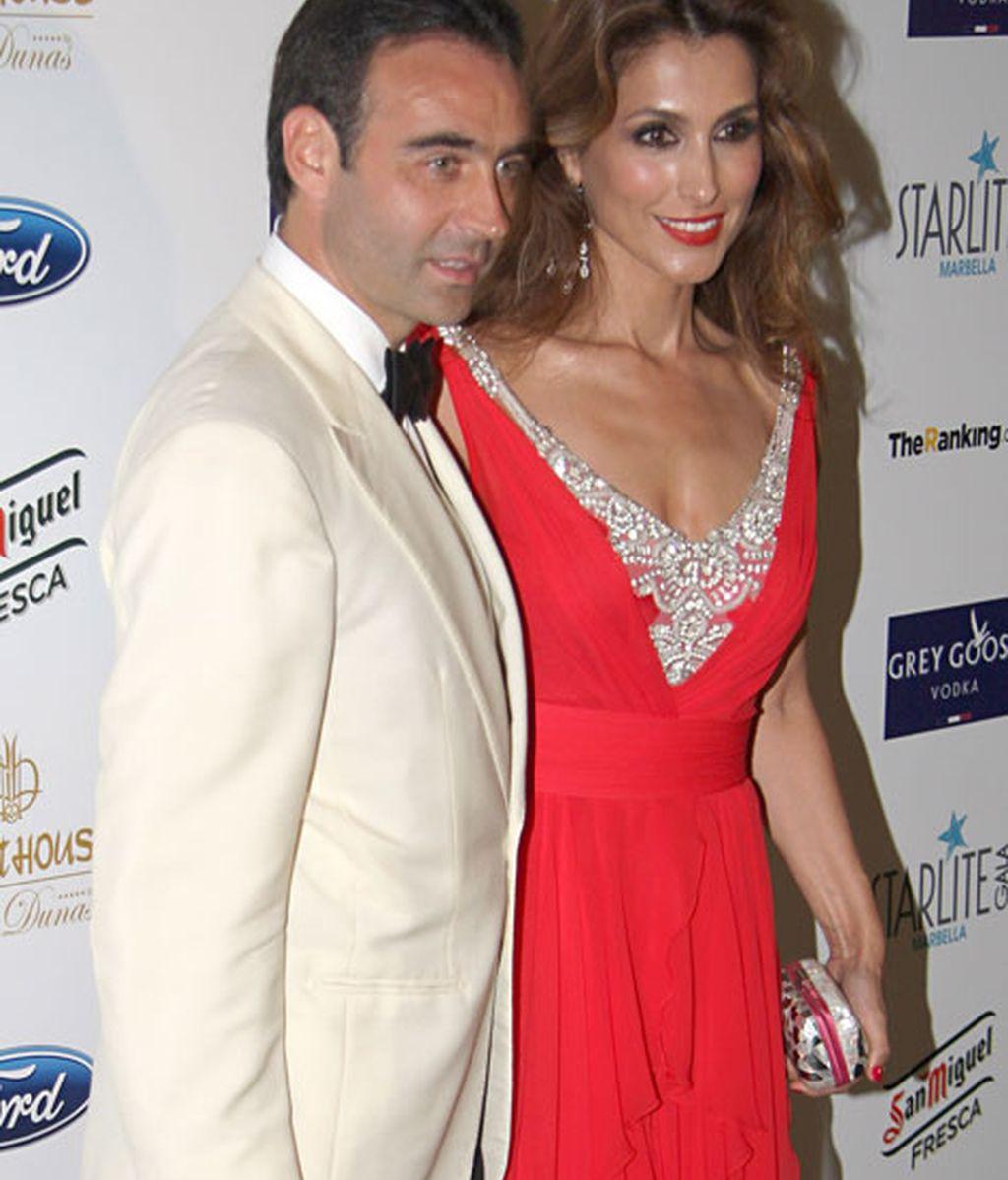 Enrique Ponce junto a Paloma Cuevas