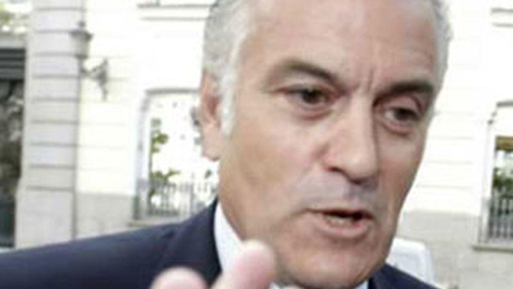 El sumario del 'caso Gürtel' confirma los indicios contra Bárcenas y otros cargos del PP. Vídeo: Informativos Telecinco.