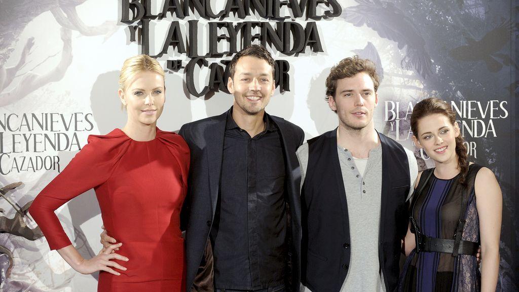 Charlize Theron, Rupert Sanders, Sam Claflin y  Kristen Stewart