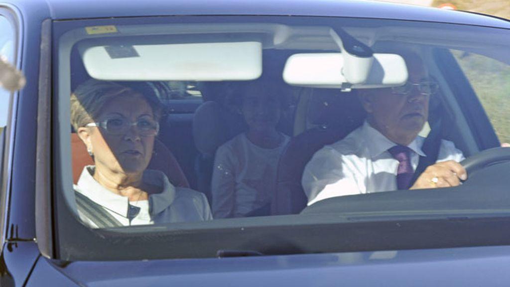 Primeras imágenes de la familia Janeiro-Campanario en la boda de Víctor y Beatriz Trapote
