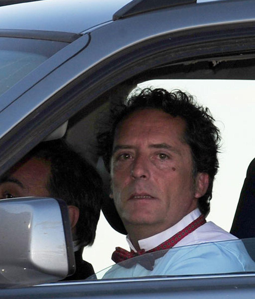 Luis Galliusi llegando al evento