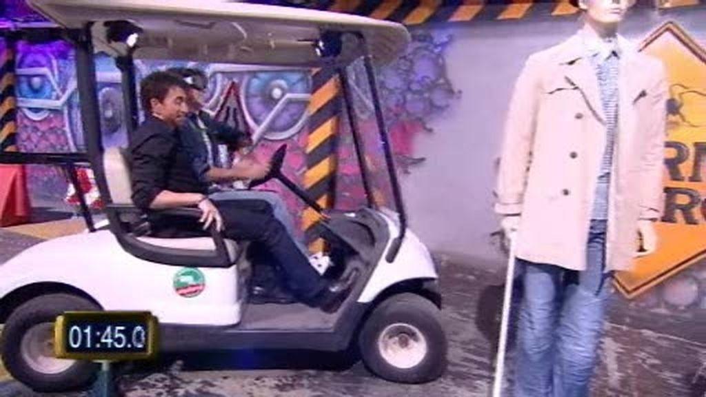 Antonio Garrido a ciegas y conduciendo...  ¡¡¡Qué peligro!!!