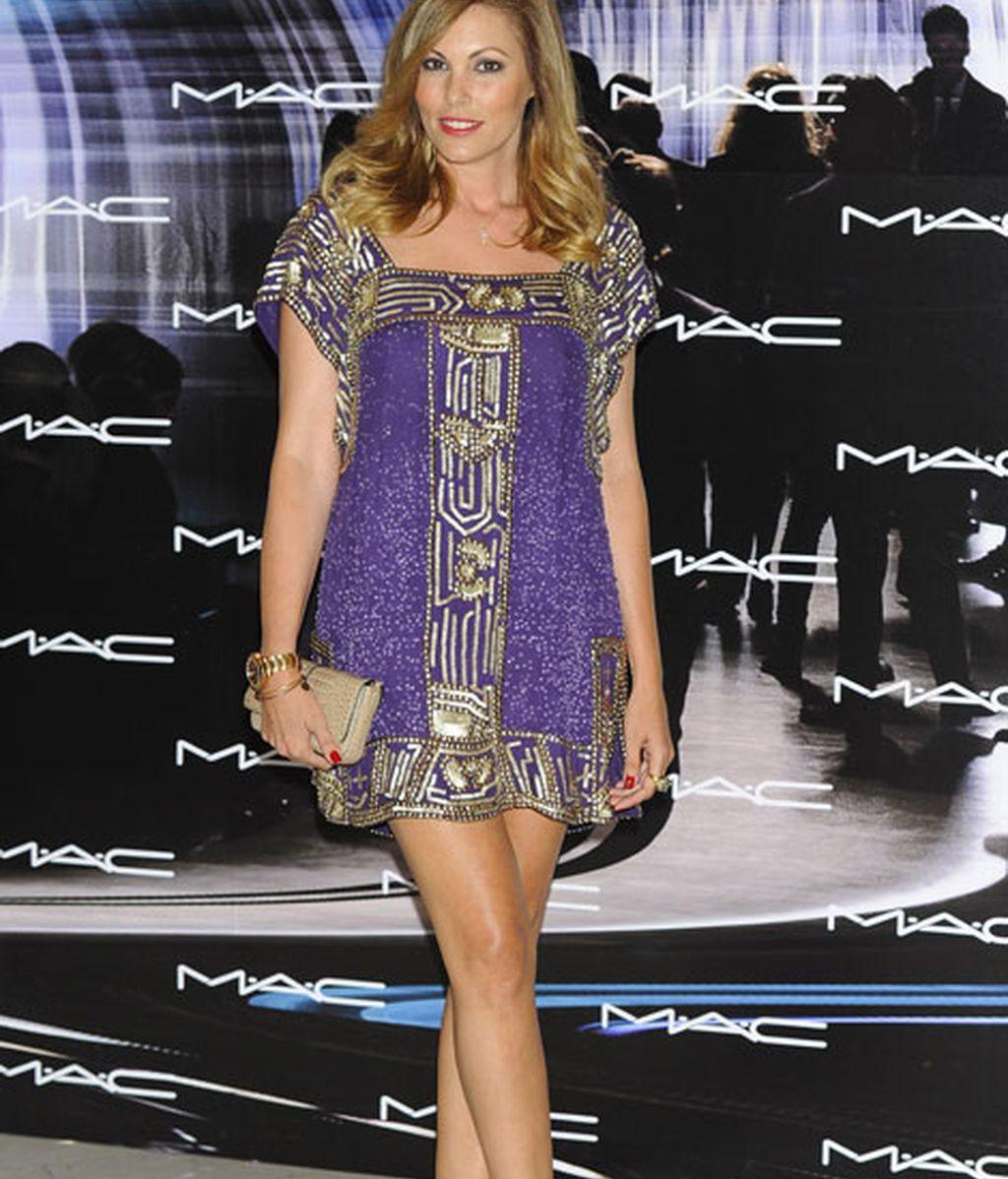 Raquel Rodríguez también se interesó por las nuevas tendencias en maquillaje