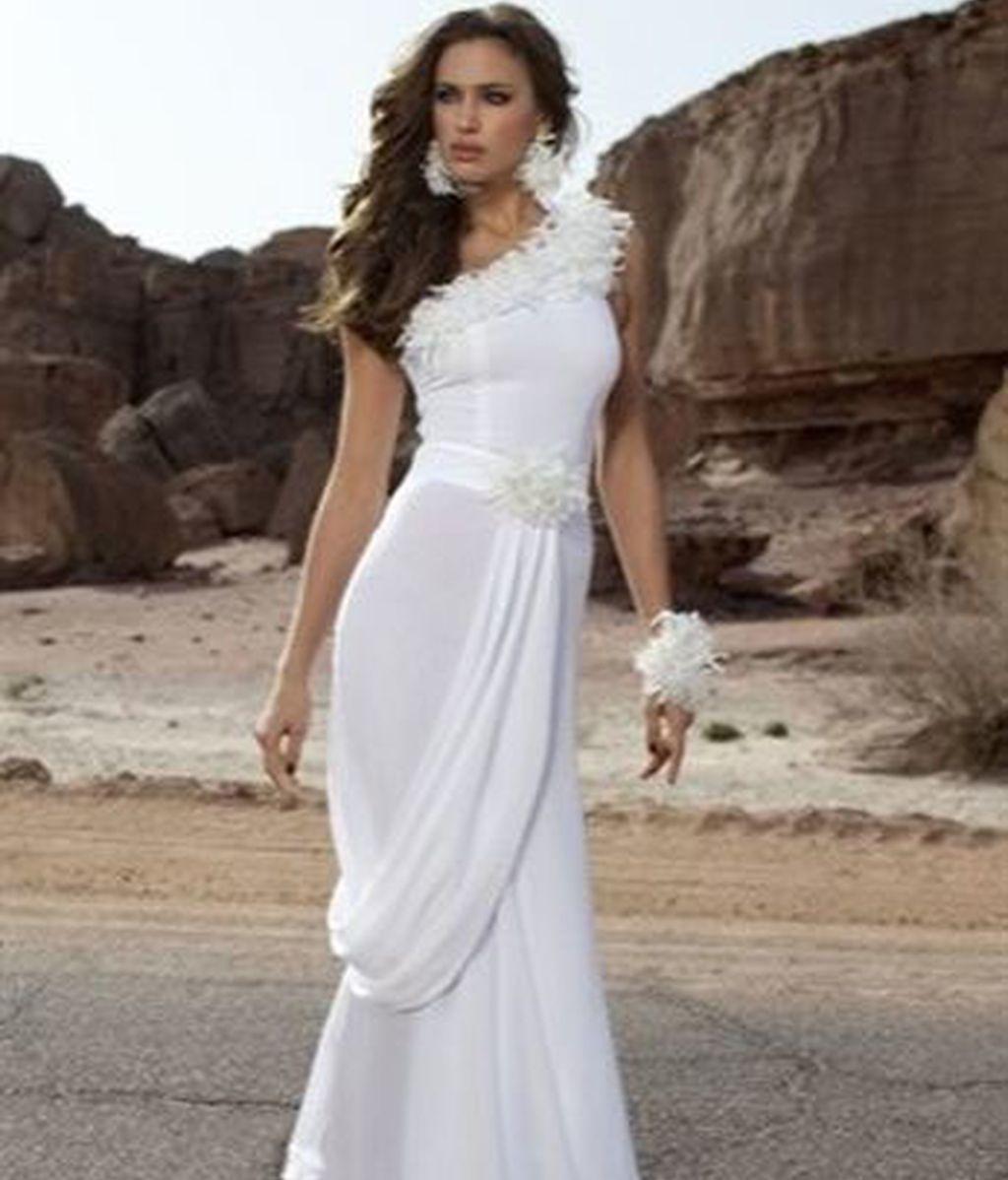 Irina Shayk, una novia de blanco muy sexy