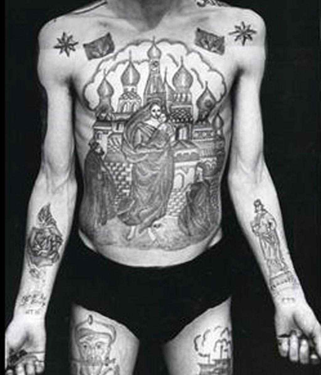 Enciclopedia Rusa del tatuaje criminal