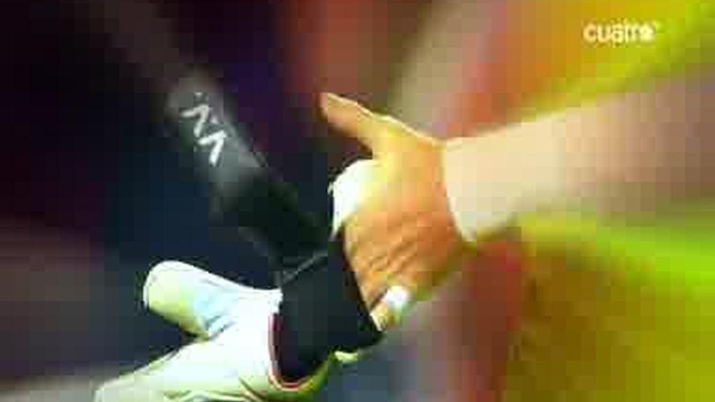 Casillas-Valdés, duelo de guantes en el clásico