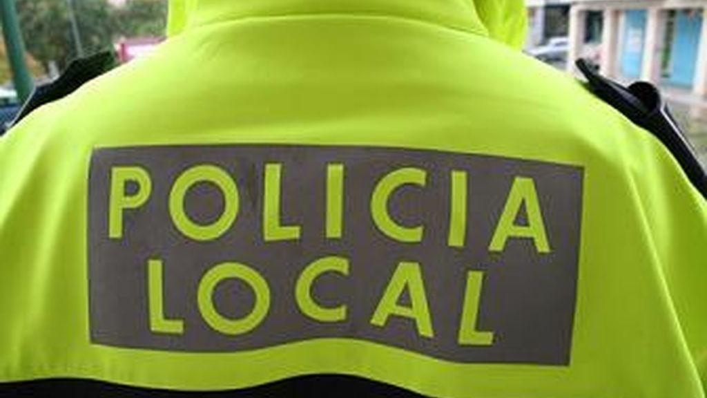 La policía local detuvo al sospechoso.